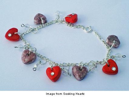 seekinghearts Hearts Charm Bracelet